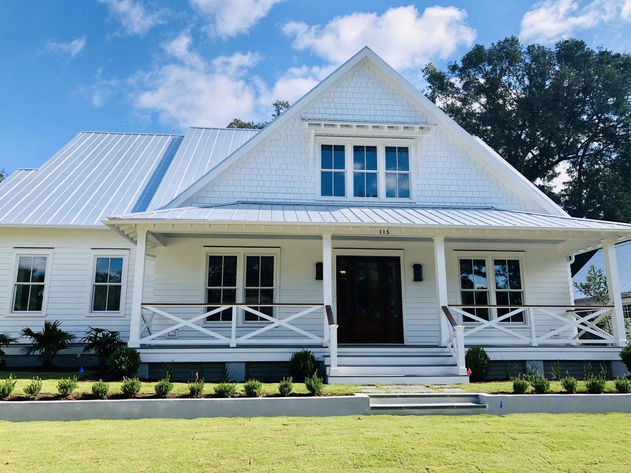 A Comprehensive Guide to New Construction and Renovations in the Old Village Historic District of Mt. Pleasant, South Carolina