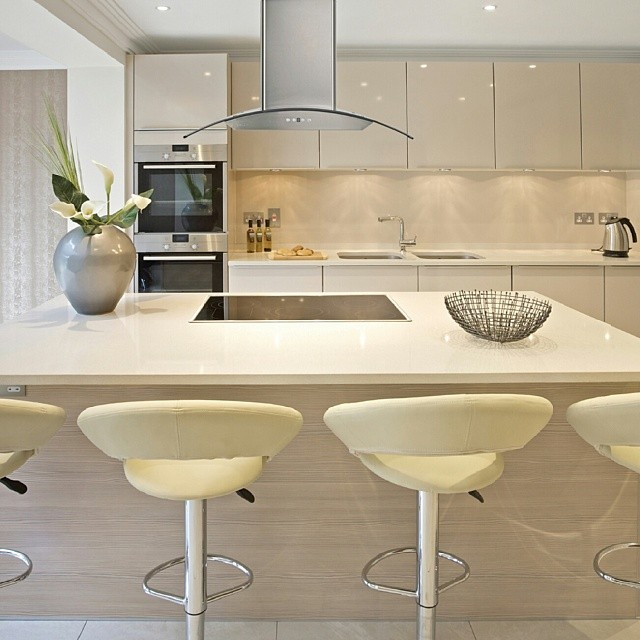 Kitchen Renovations - Selecting Your Kitchen Range Hood - Sea Island Builders